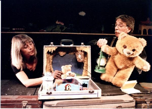 """""""La valigia""""  – Rassegna di teatro per ragazzi"""