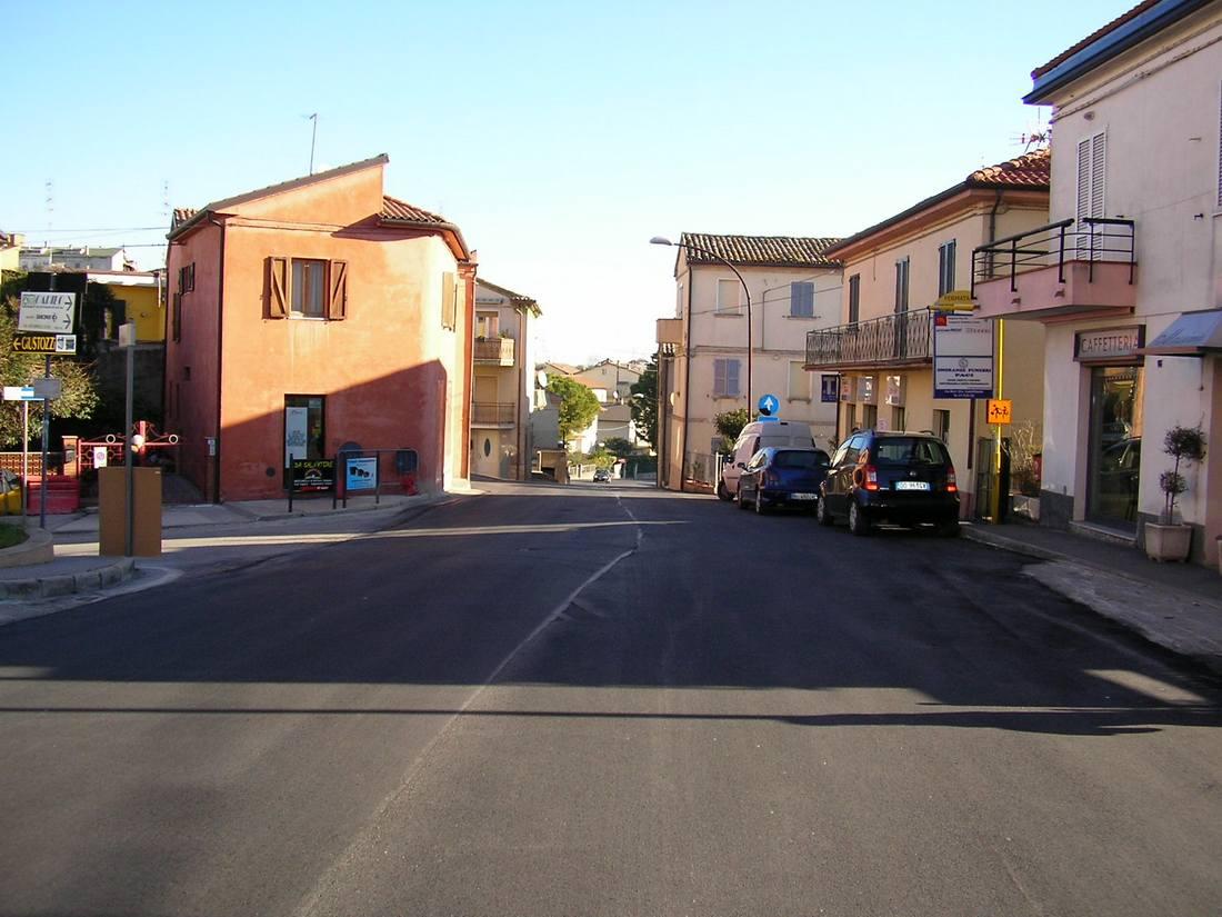 Consolidamento e asfaltatura delle vie cittadine