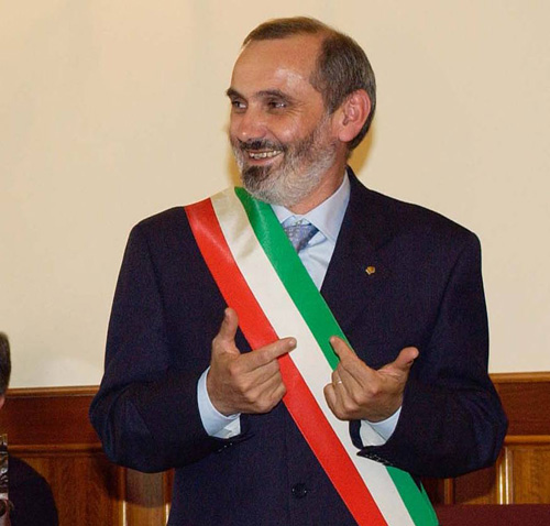 L'ex Sindaco Marotta annuncia le dimissioni