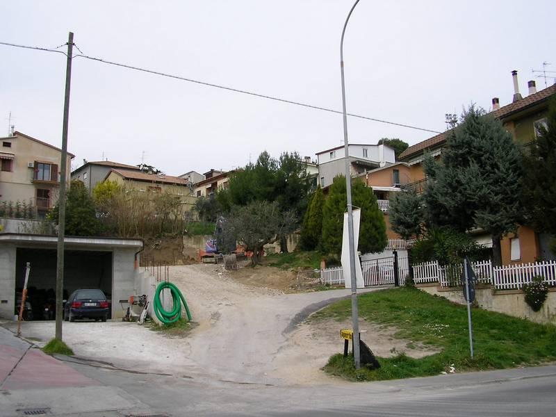 Via XXV Aprile, via ai lavori per il parcheggio