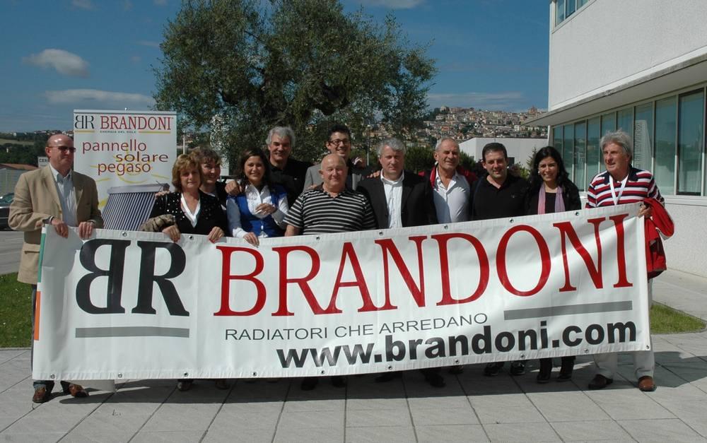 Brandoni, Argentina e Marche più vicine