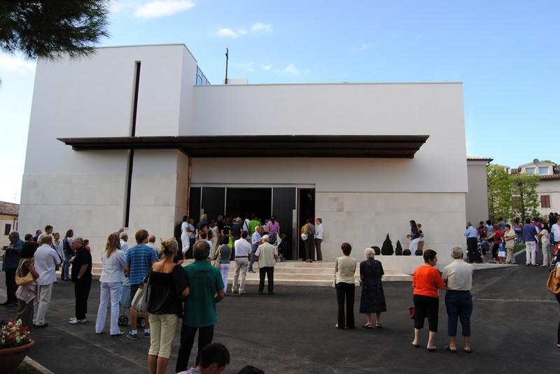 "Dedicazione Chiesa di Crocette, ""spettacolo di fede"""