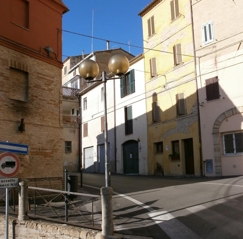 Servizio pubblica illuminazione a Enel sole