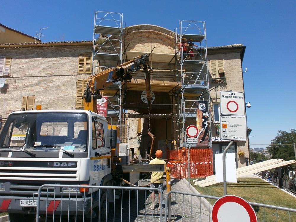 Intervento di restauro su Porta Marina