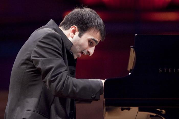 Concerto Pianistico di Mamikon Nakhapetov