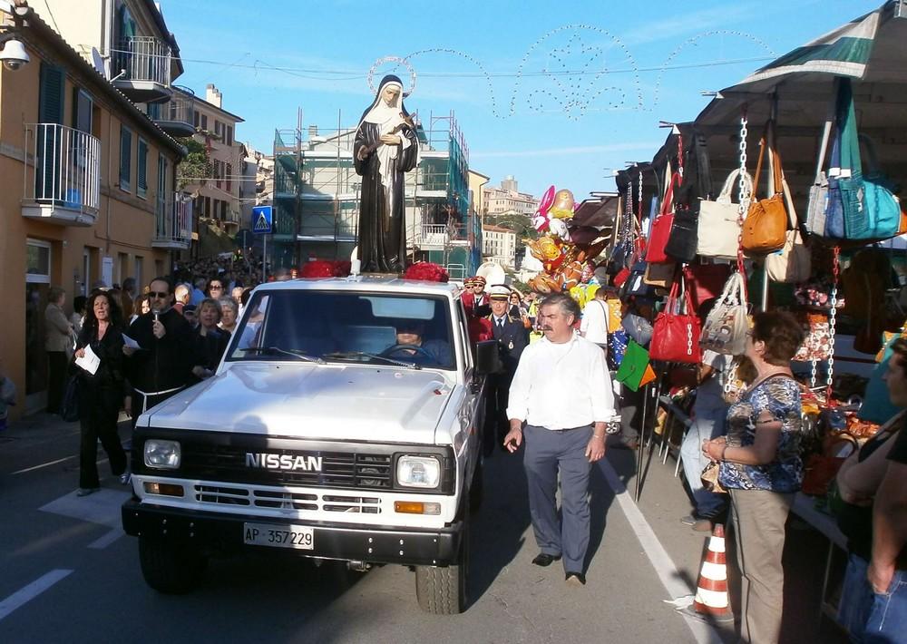 Festa di Santa Rita, domenica la fiera