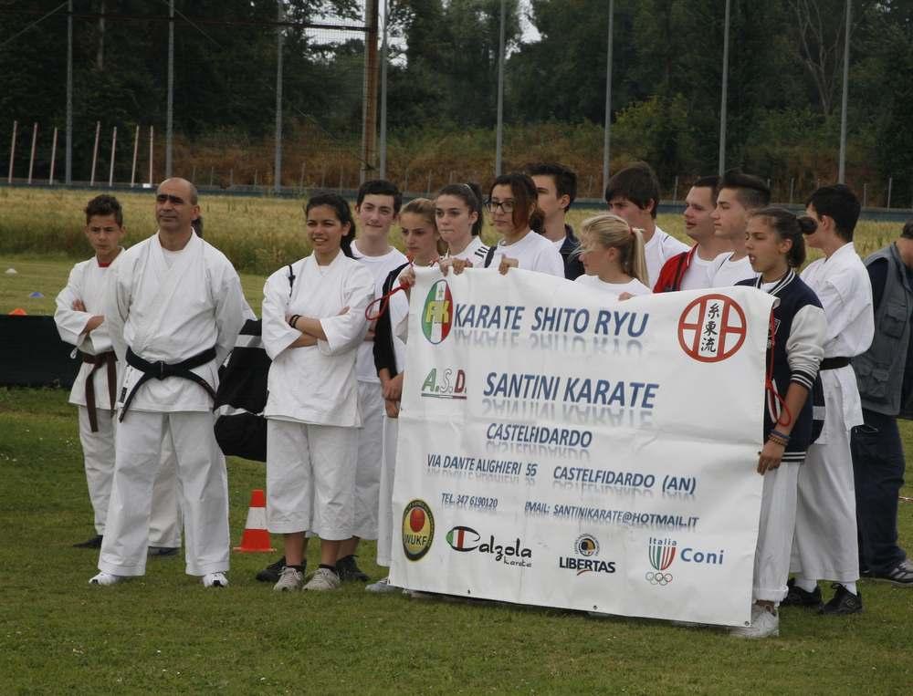 Dimostrazioni di judo, karate e yoga sotto le stelle