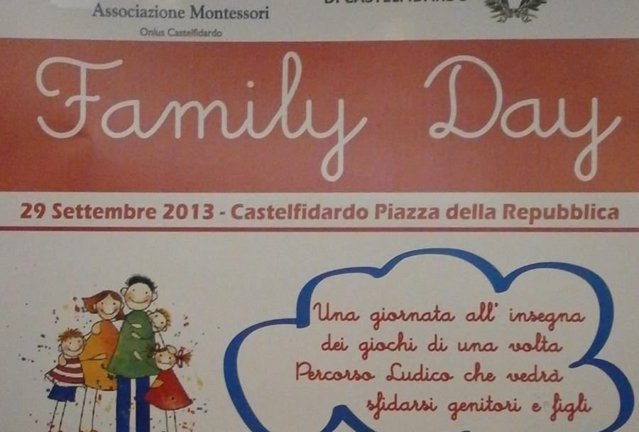 Domenica, Family day in piazza della Repubblica