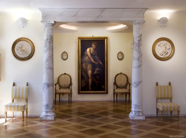 Villa Ferretti riapre al pubblico