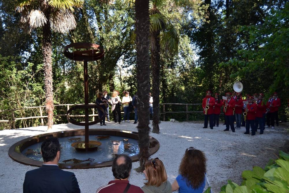 Inaugurata la nuova fontana al Pincetto