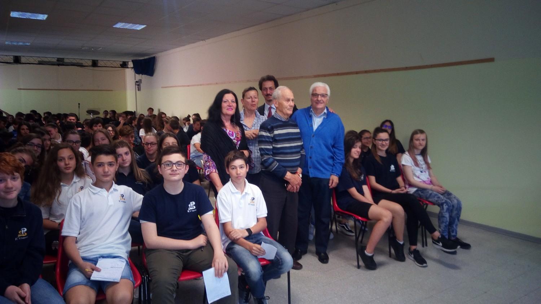 Cento studenti alla scoperta della fisarmonica